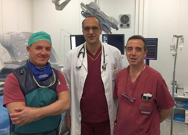 da sinistra dr. Giuseppe Campisi, dr. Antonino Nicosia e l'infermiere Carmelo Licitra